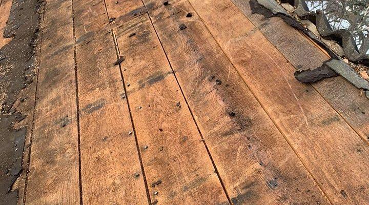 Rivning av takpapp